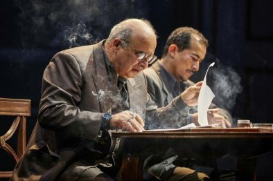 Oslo NT Lyttleton. PP as Ahmed Qurie and Nabil Elouahabi as Hassan Asfour. Photo Credit: Brinkhoff Mögenburg